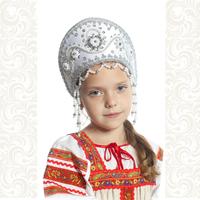 Кокошник Котена, белый с серебром